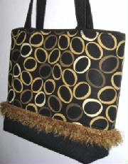 Classics/10Ap009Tote312Front-sized.jpg