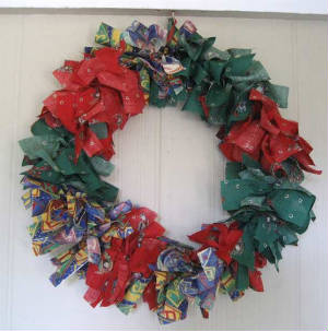 Holidays/027wreathfabric-sized.jpg