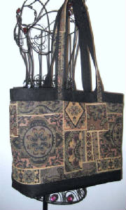 Sold/114Tote942Hanging-sizester.jpg